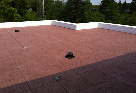 SofTile Rubber Rooftop Decking Tiles in Red - Rooftop Deck Covering - Rubber Walkway Tiles